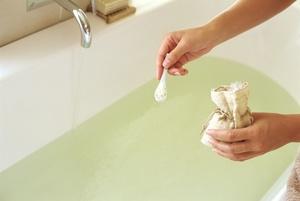 Изображение - Ванны с морской солью для суставов prigotovlenie_solevyh_vann